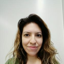 Vanessa T. Regina Headshot